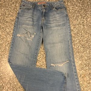 GAP Curvy Low Rise distressed jeans size 8 GUC